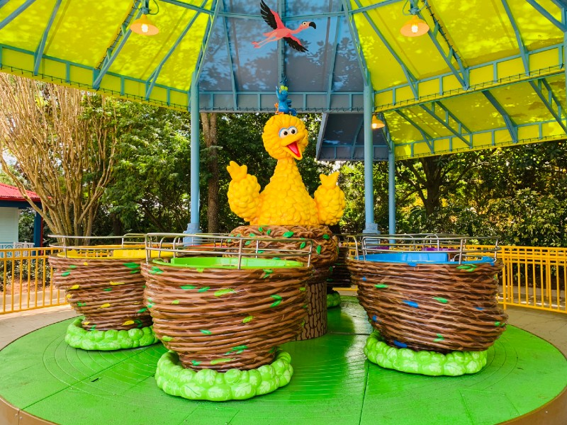 Big Bird's Twirl'n'Whirl