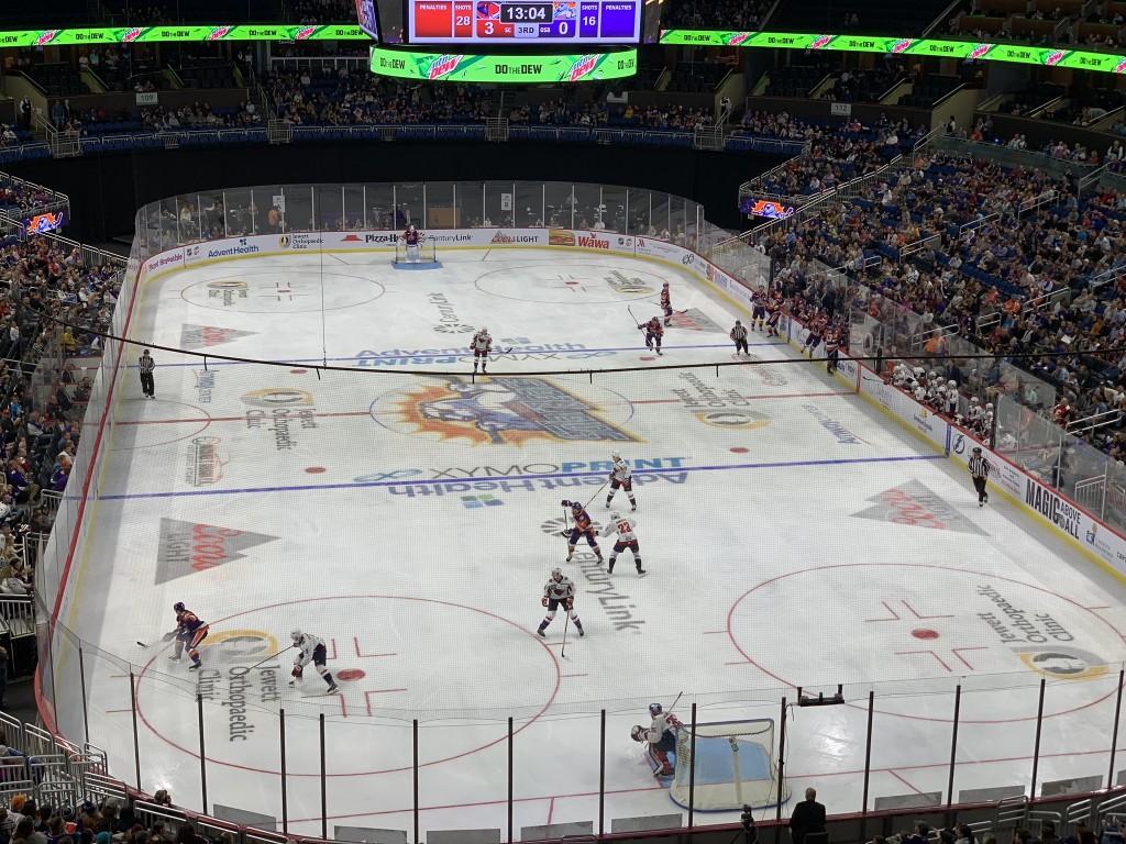 Jogo de Hockey em Orlando